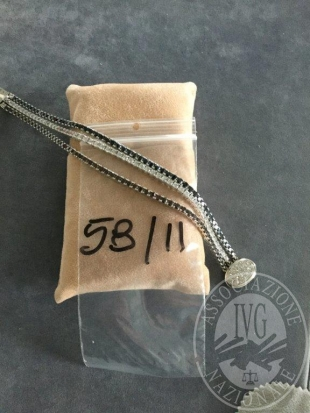Rif. 11.58 - 1 bracciale in oro con pietre colorate del peso di gr. 37