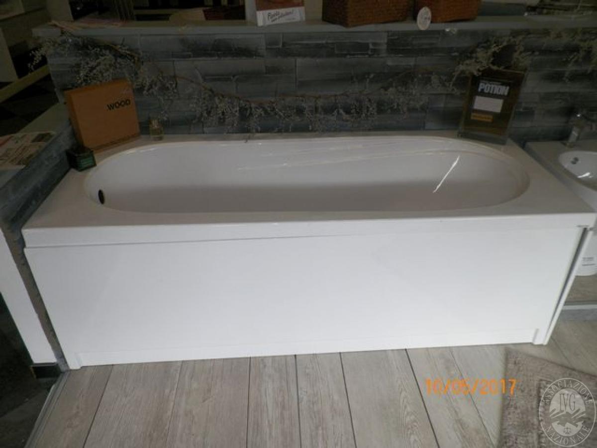 Vasche Da Bagno Vetroresina Prezzi : Vasche da bagno glass glass vasche da bagno box doccia e