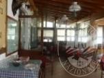Immagine di Ristorante, albergo, due alloggi e due autorimesse.