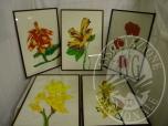 Immagine di Lotto formato da n 5 quadri con cornice, a firma Giandiego, raffiguranti fiori, di misure 60x40cm