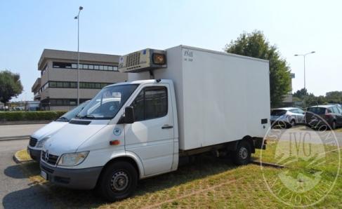 Immagine di CP Noleggio e Soluzioni n. 47/2018 - Lotto 7 furgoni isotermici Mercedes: 5 Sprinter (4 frigo e 1 con sponda idraulica) e 2 Vito frigo
